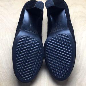 AEROSOLES Shoes - Black Suede Pumps